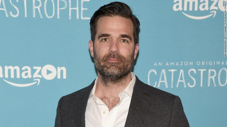 180209125611-rob-delaney-exlarge-169.jpg
