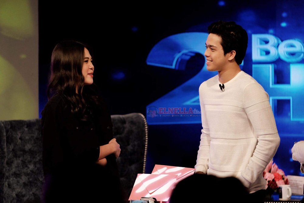 LOOK AT THAT SMILE ON ELMO'S FACE AAAHHHH