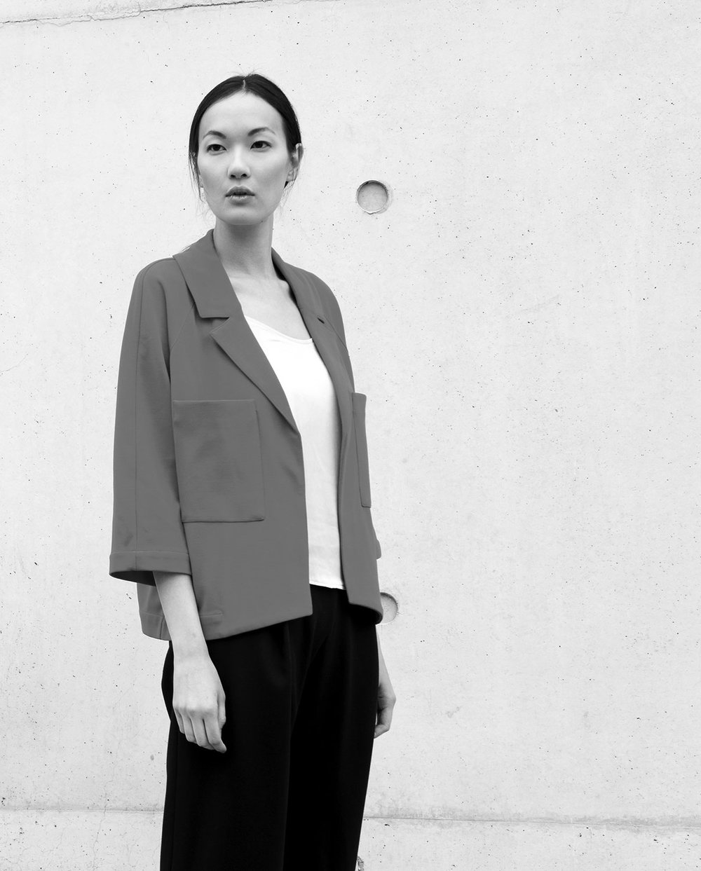 Jeong-Eun Seo - jeeij is a fashion label with an own design studio based in Berlin that blends exceptional cuts with high wearing comfort and sophisticated design rooted in Asian backgrounds.The designer Jeong-Eun Seo founded her own label 2010 in Berlin Friedrichshain. Her designs are for fashion concious women who like to wear things which are worth looking twice. jeeij offers a range of tops, pullovers, cardigans, jackets, coats and dresses. Often her collections are changeable with some simple twists and creating so new looks and styles.The fabrics for her creations are mostly Italian and of very fine qualities and are 100% handmade.