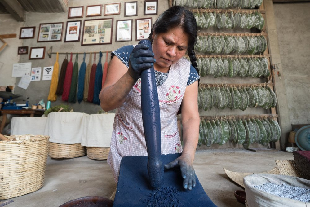 WEAVING OAXACA - NATURAL ARTISANS