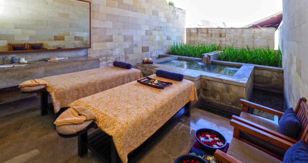 THE SPA - WE HAVE SOME BODYWORKERS ON HAND TO HELP YOU DE-STRESS