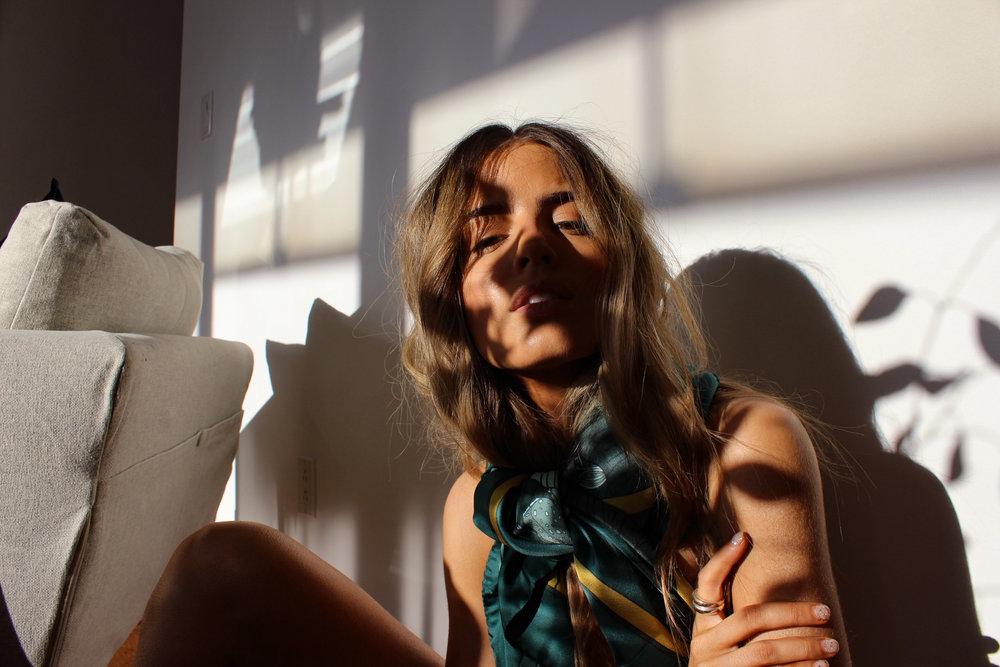 AENEIS PARIS - SILK SCARF - BEAUTY.jpg