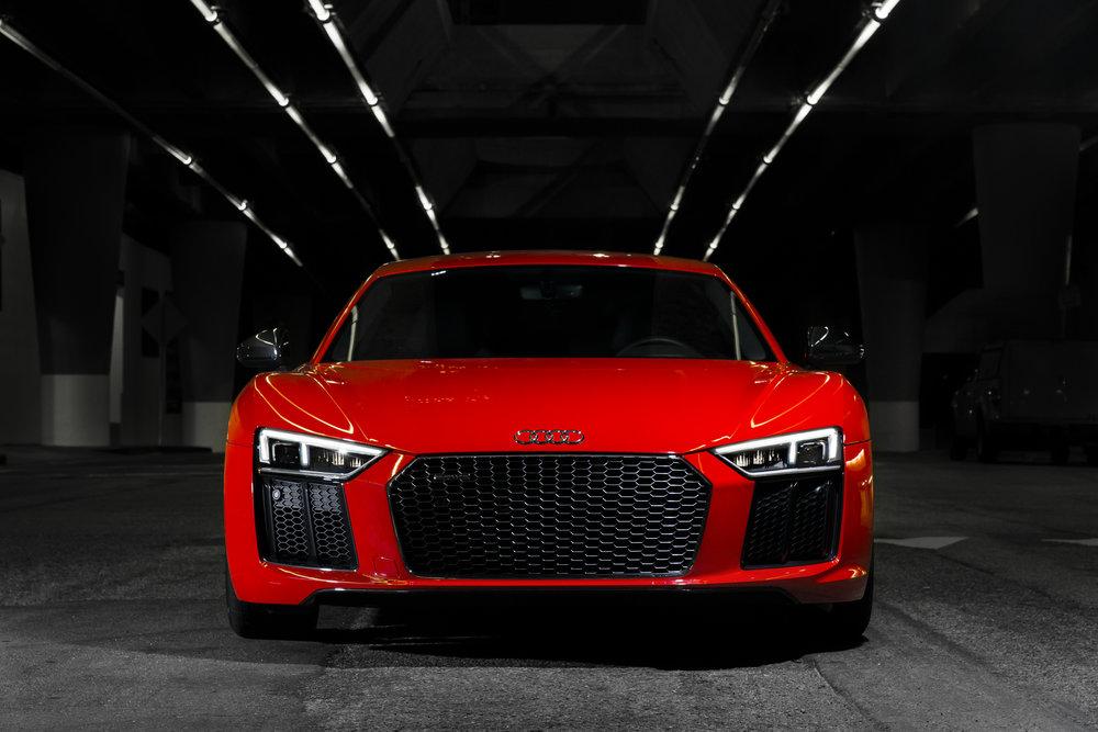 2017-Audi-R8-V10-Plus-front-end.jpg