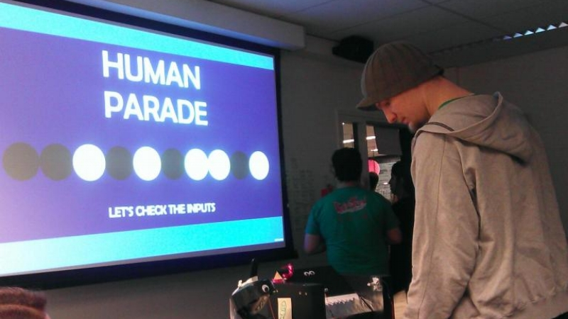 Human Parade(PC, Windows with Arduino) - Designer and Artist of Team Turing at Global Game Jam (Breda, the Netherlands) // 2015A warioware-style game about an alien trying their best to be human. The controllers are made from locally sourced trash and tinfoil.