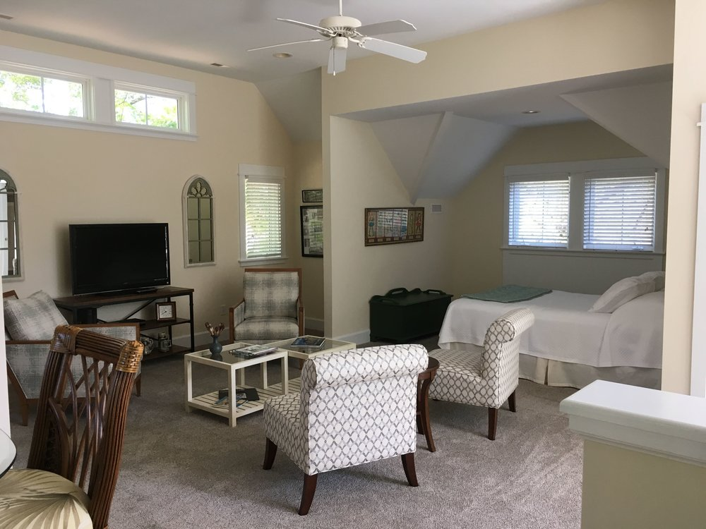 Guest Suite Remodel by ozworx - a southport remodeling contractor