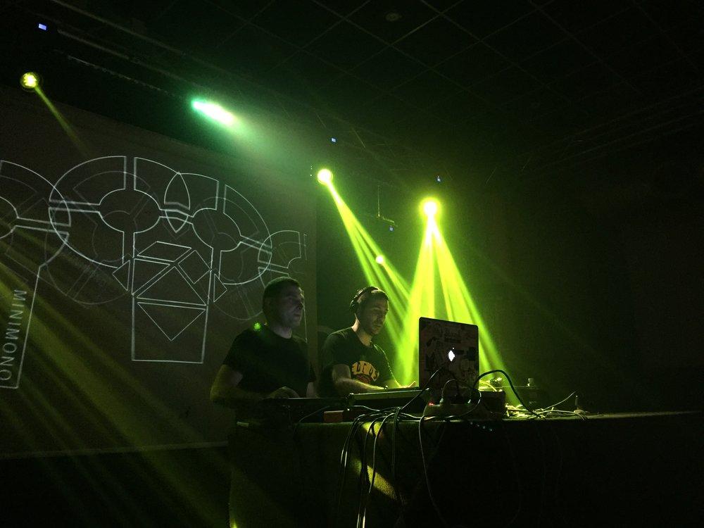 Minimono Live_1.JPG