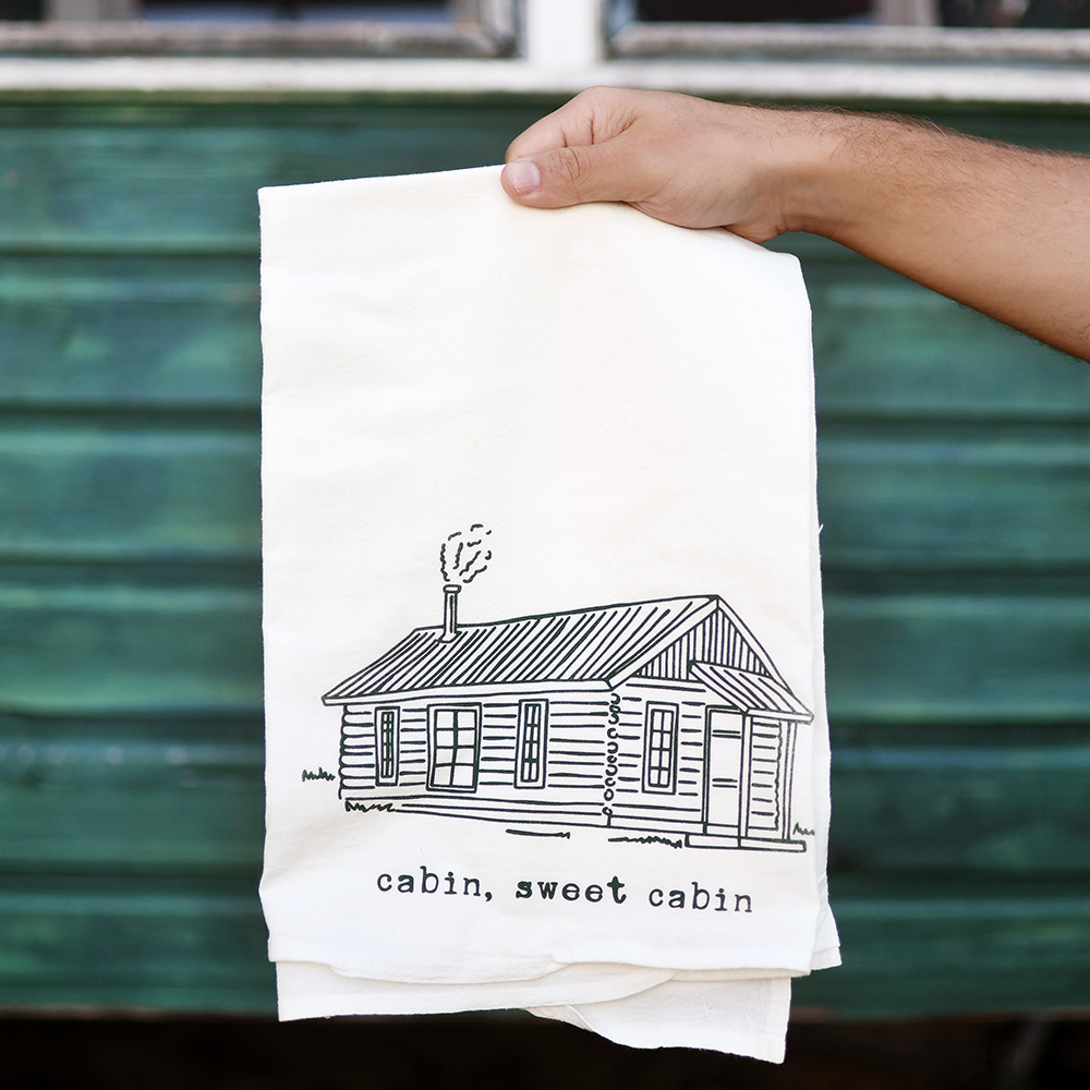 cabin-sweet-cabin-towel-lifestyle-web.jpg