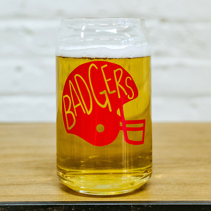 badgers-can-glass-lifestyle-2-web.jpg