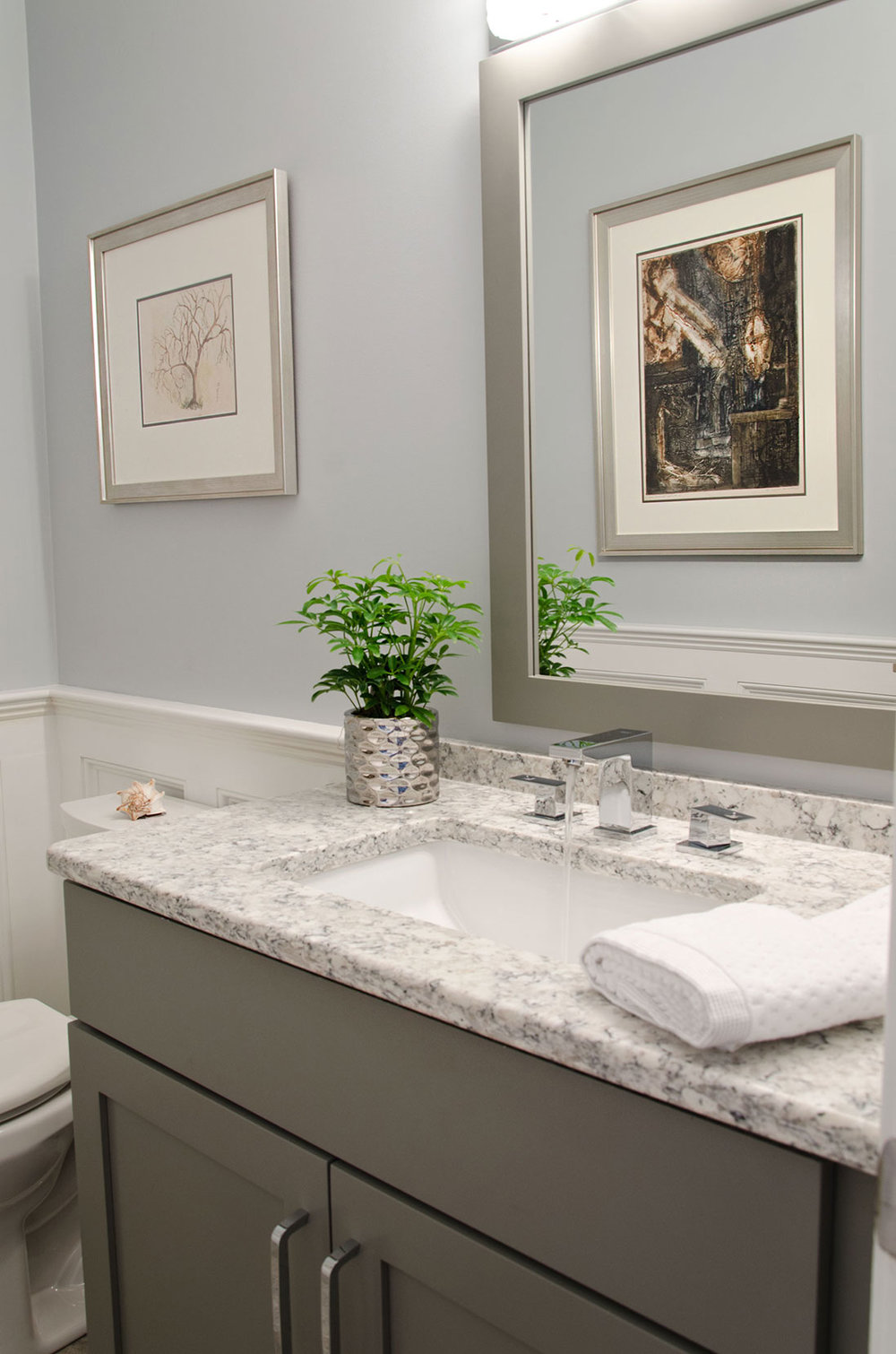 Quincy, MA Powder room interior design