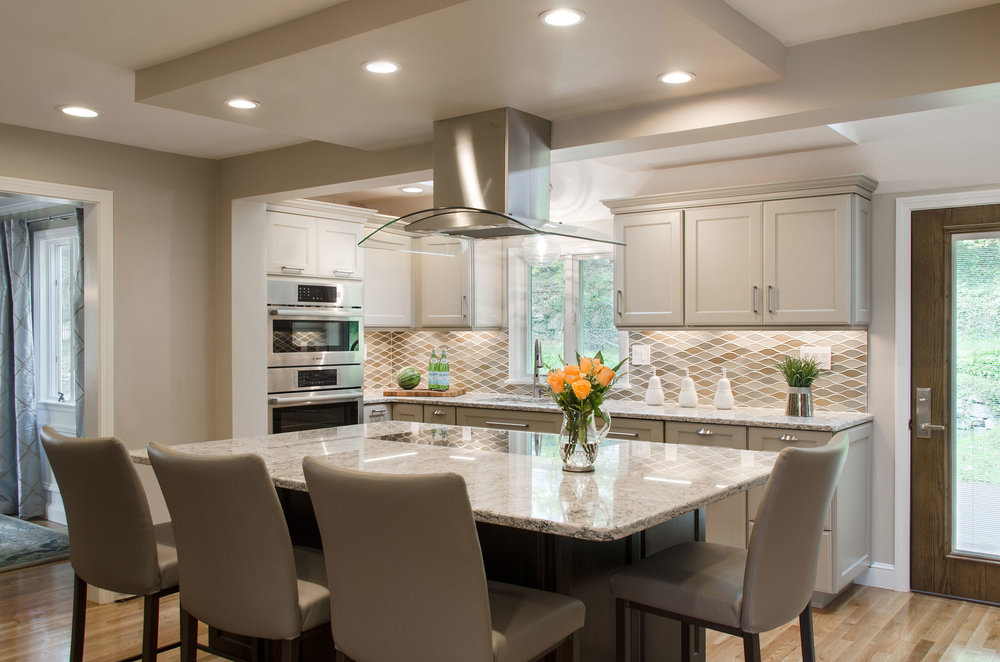 Braintree, MA revitalized kitchen by Susan Curtis Interiors