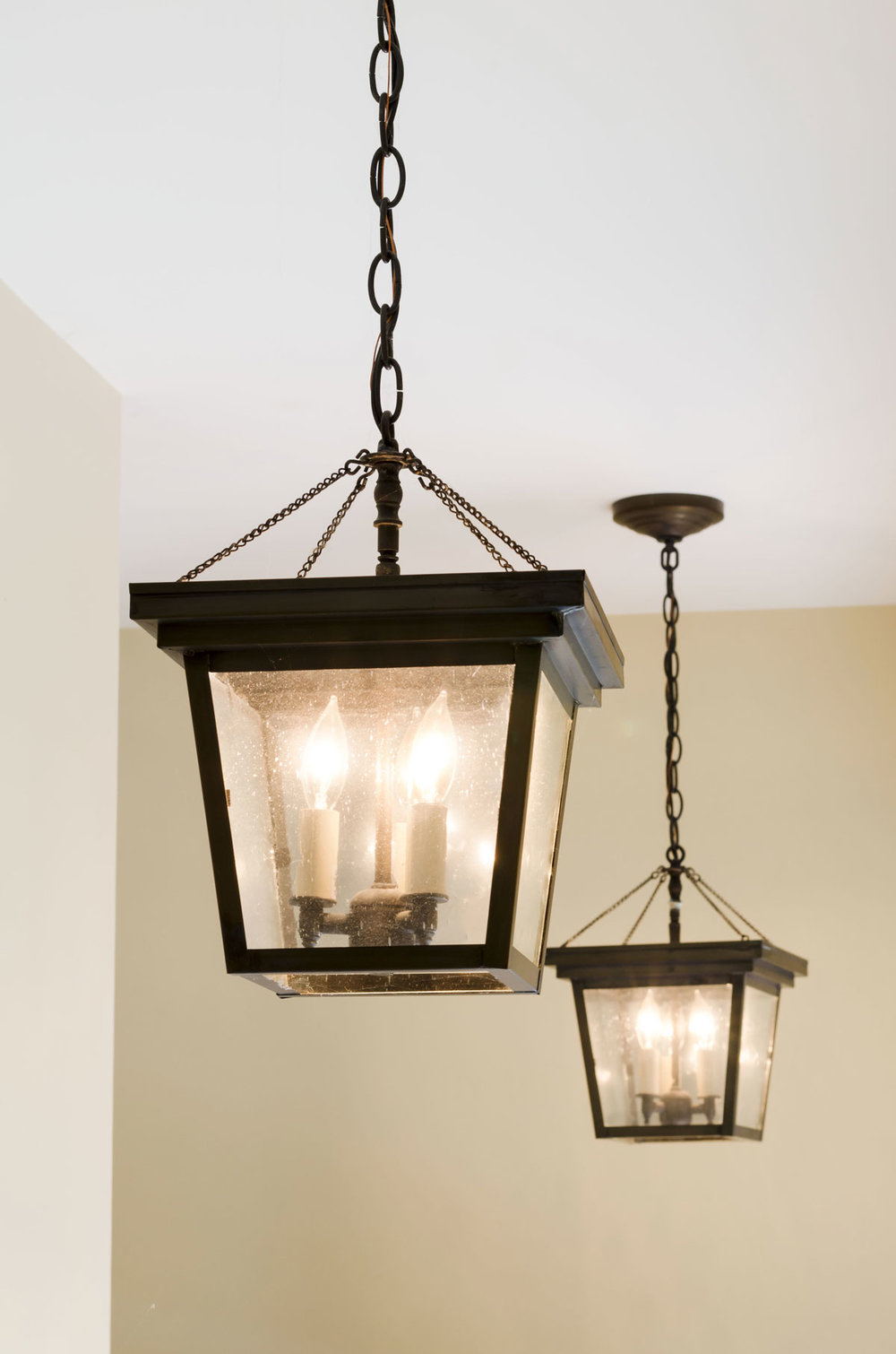 Duxbury, MA lighting desing by Susan Curtis Interiors