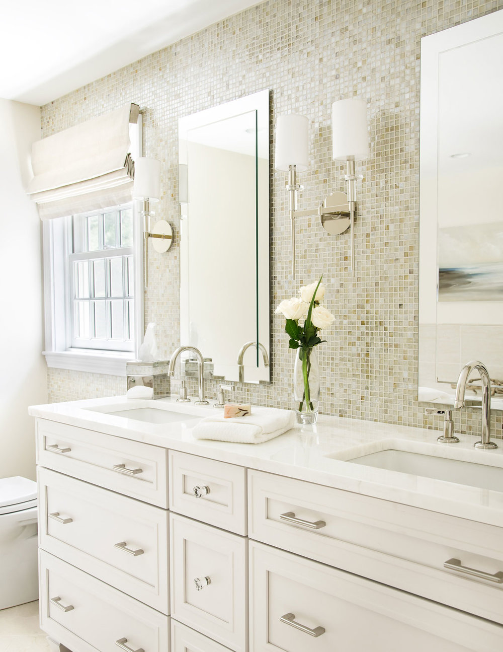Norwell, MA bathroom design by Susan Curtis Interiors