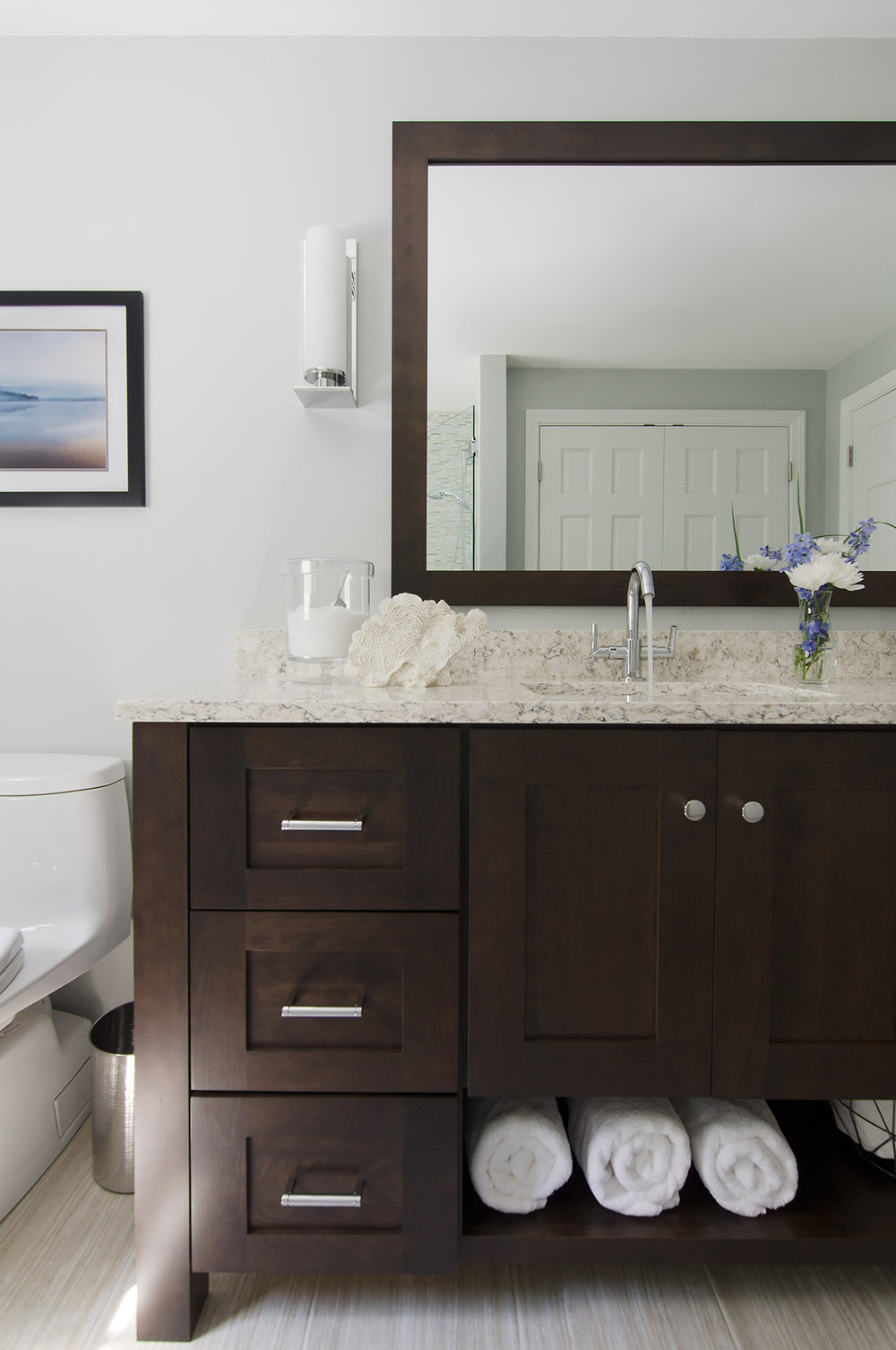 Norwell, MA bathroom interior design by Susan Curtis Interiors