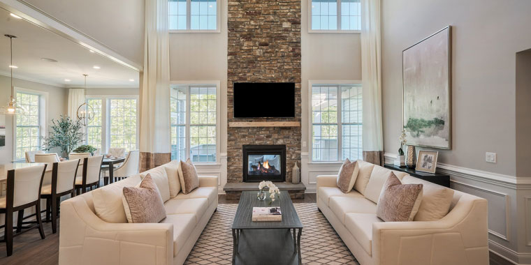 Open concept living room floor plan. Source:  Toll Brothers, Vista Point Pine Hills, Plymouth, MA