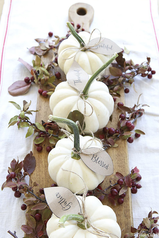 Free Printable Pumpkin Leaf Place Cards