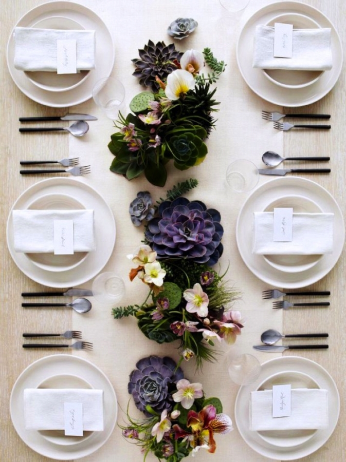 A Festive Purple and Pink Fall Tablescape