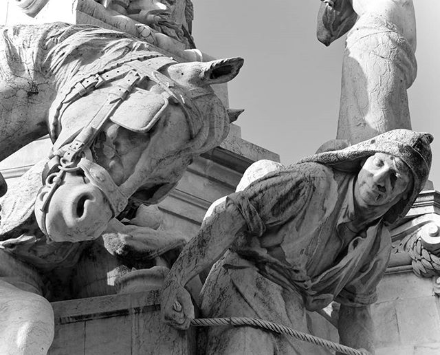 "Horse: ""What the fuck dude I thought we were friends and you sell me to the aristocracy."" Tom: ""Buttercup, look. They offered me pastel de nata. You know I have a problem."" . . . #travel #travels #travelphotography #lisbon #portugal #statue #horse #fountain #monument #blackandwhite #blackandwhitephotography #monochrome #monochromephotography"