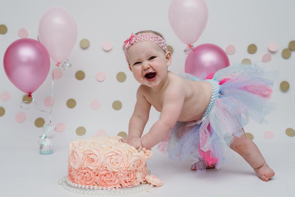 cake smash and splash session - lancashire