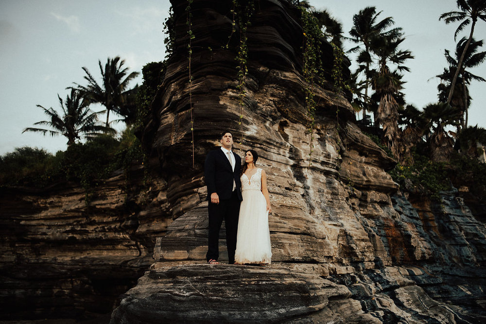 Oahu Hawaii China Walls | Bride & Groom Wedding Portraits