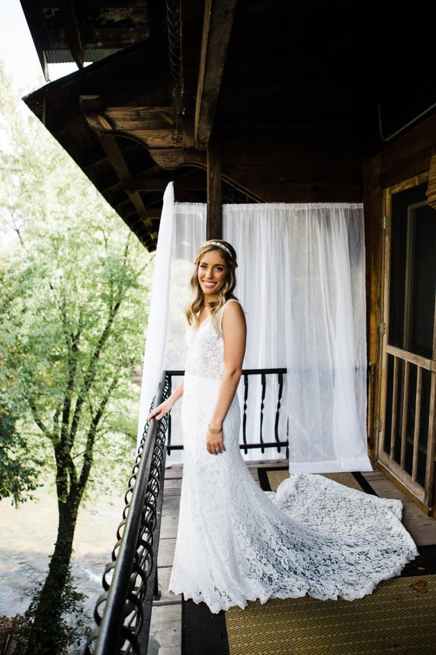 St. Louis Unique Wedding Vendors | Bridal Portraits