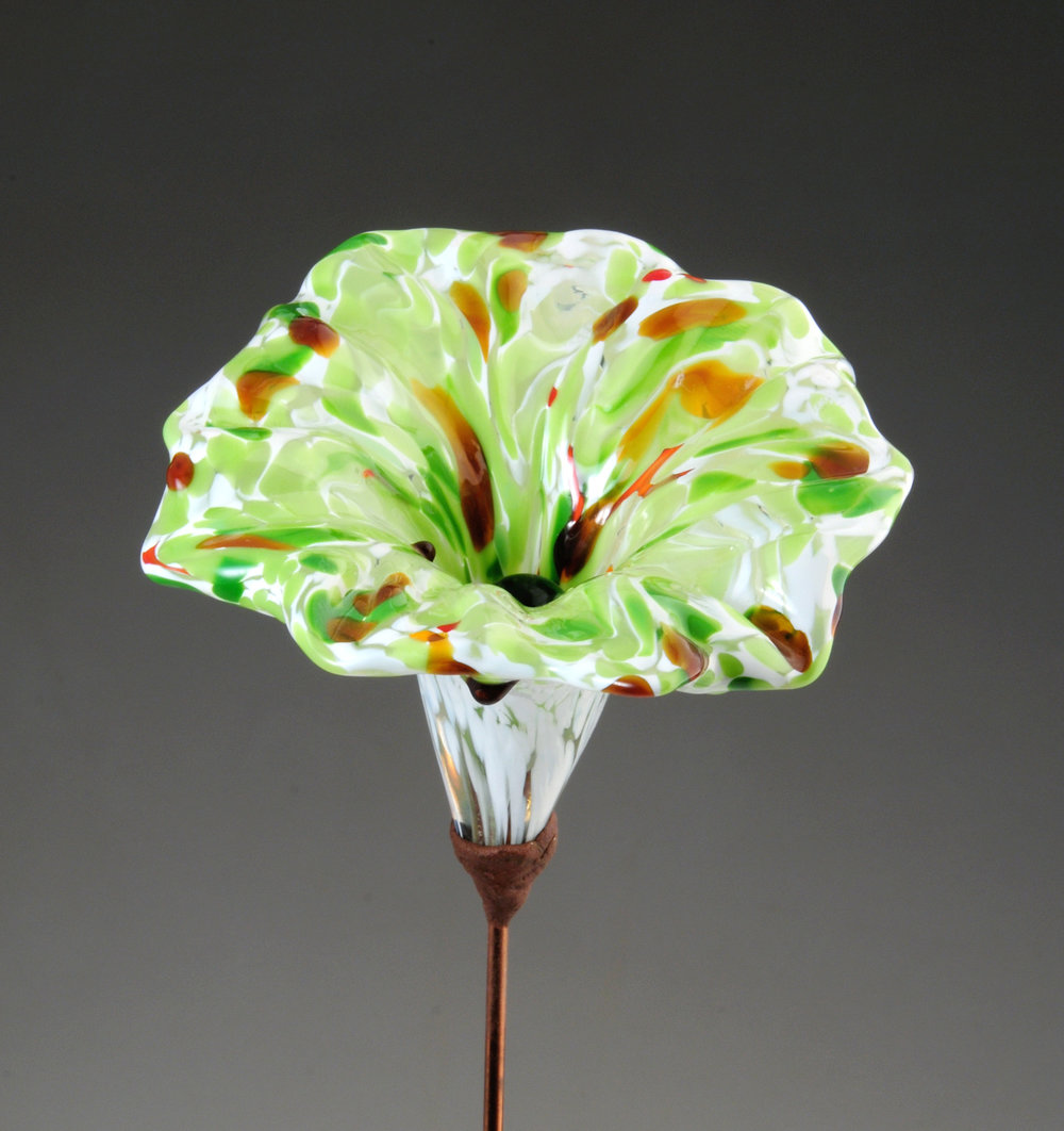 Flower white green amber 4 .jpg