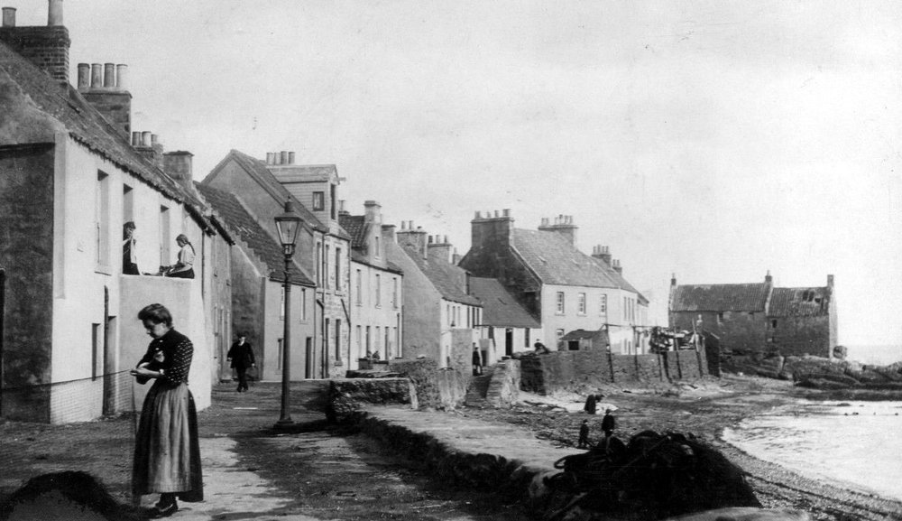 old-photographs-west-shore-street-pittenweem-east-neuk-of-fife-scotland