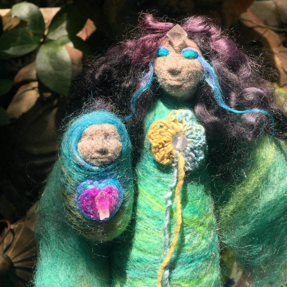 Dreaming Mother and Child for the people of Mexico - The Dreaming Mother and Child dolls were created from Scottish and Icelandic fibres. Their medicine is loving the Earth back into wholeness and dreaming of the future with hope and trust.
