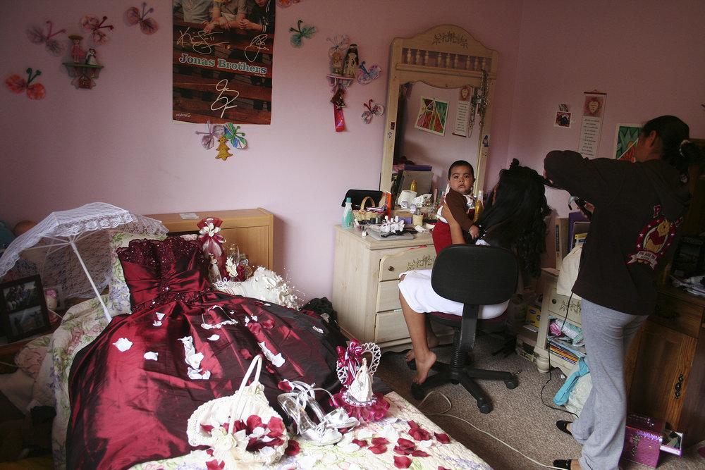 EvelynAlvarezNeneQuinceanera (14).jpg