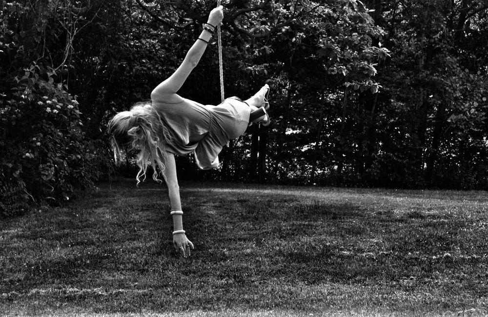 amanda+on+a+swing+B_W.jpg