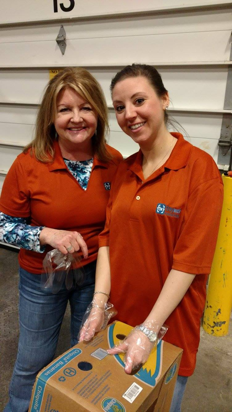 Diane and Jen at the Regional Food Bank