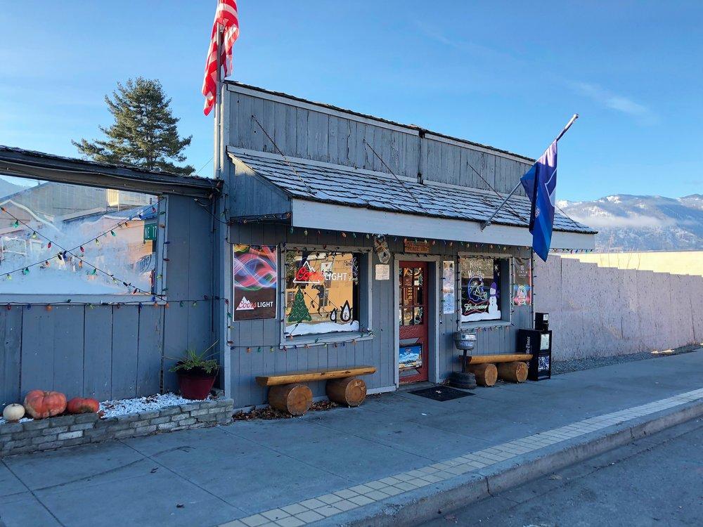 My Buddy's Place - 77 Wapato Way, Manson WA 98831Profitable Business + Real Estate