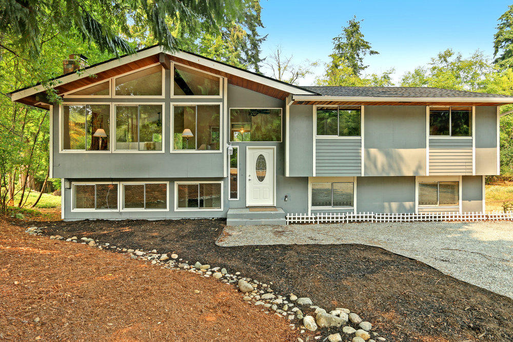 Lake Howard Home - 17820 64th Dr NW, Stanwood, WA 98292