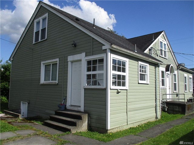 Sedro Woolley Duplex - 702 Talcott St, Sedro Woolley WA 98284