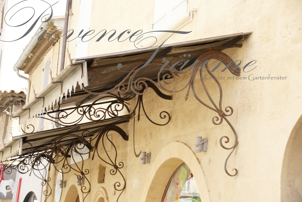 075_Lavendel Provence Gartenfenster.jpg