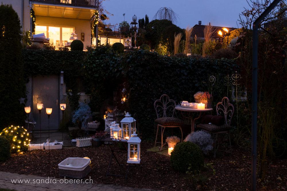 053__S042352_Gartenfenster Lichtermeer.jpg
