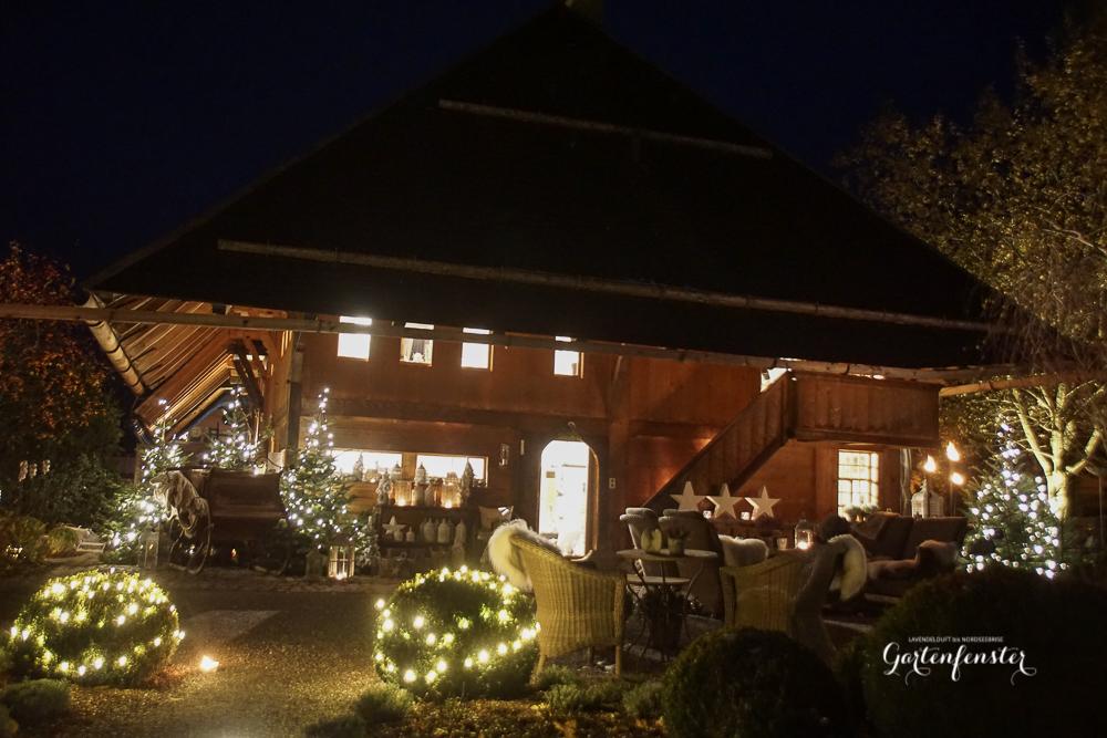 Gartenfenster Abend Weihnachten licht-3.jpg