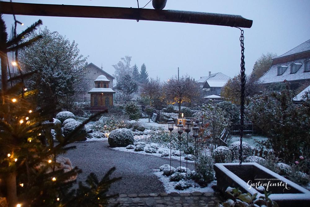 Gartenfenster erster SChnee-13.jpg