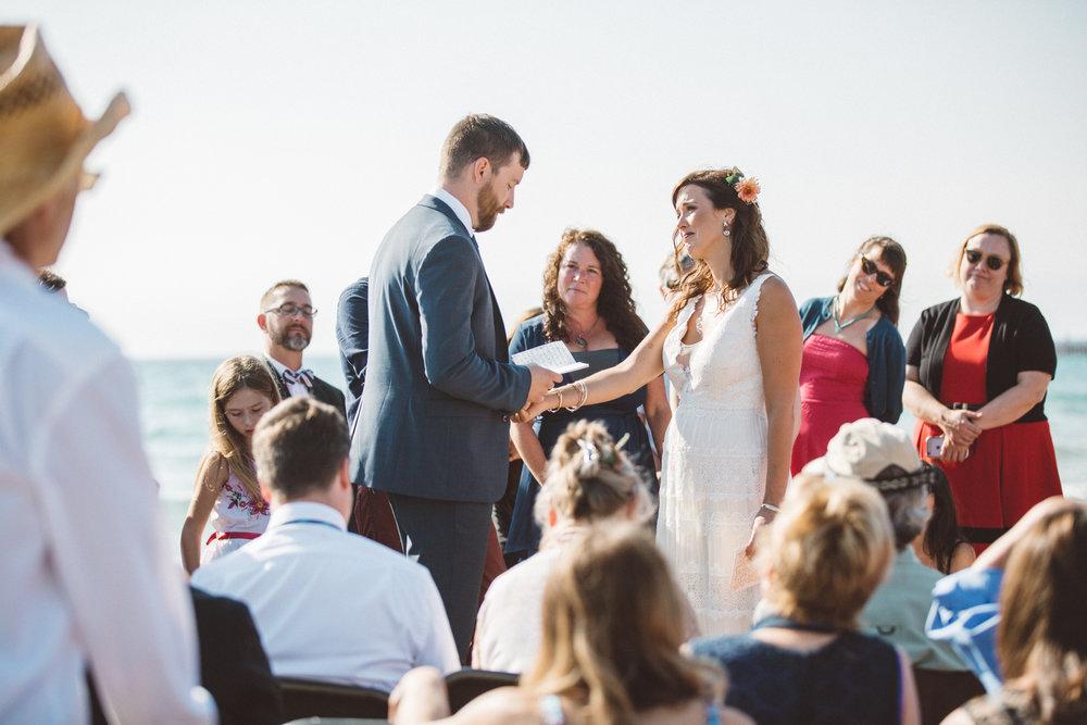 michigan-wedding-photographer-battle-creek-kalamazoo-beautiful-top-10-beach-destination