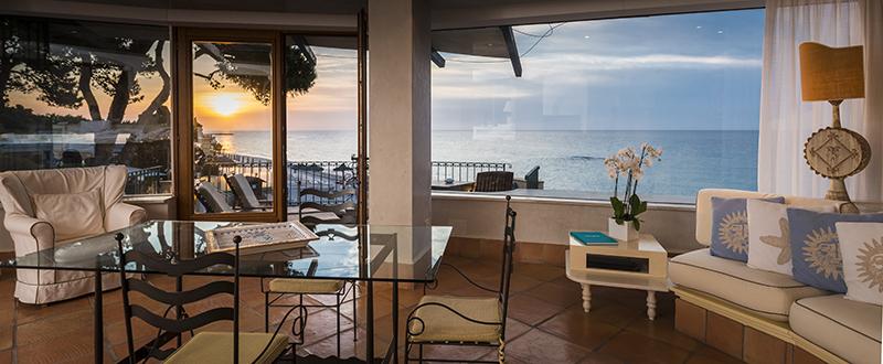 waterfront suite.jpg