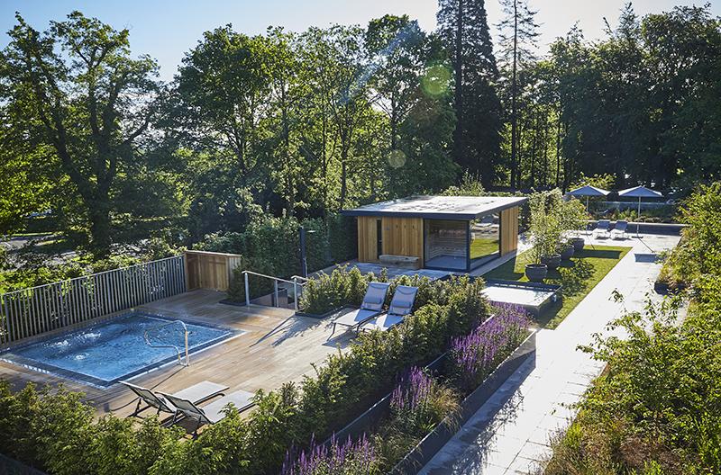 Roof Top Spa Garden, Spa Bath, Sauna Cabin 2.jpg