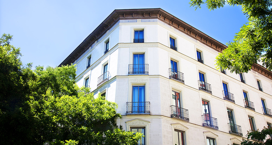 04_07_1611_21_46IMG_7410_facade_hotel_totem_madrid.jpg