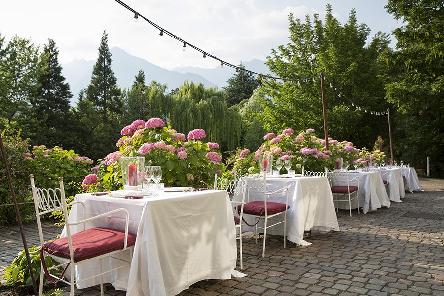 Meisters Hotel Irma_Hauptrestaurant Terrasse2.jpg