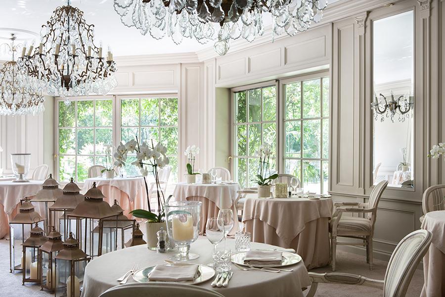 Meisters Hotel Irma_Hauptrestaurant 12.jpg