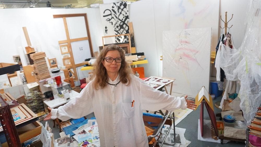 Beatrix Piesh, Installation Artist