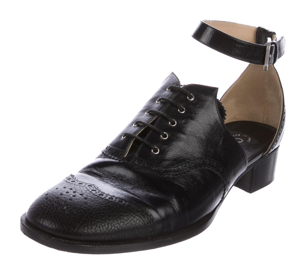 CHANEL - 2015 CUTOUT WINGTIP OXFORDS($675.00)