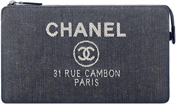 Chanel Deauville Small O Case