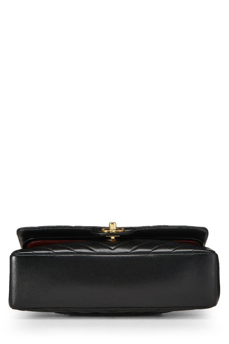 c64b4eb2 Chanel Black Lambskin Chevron Classic Double Flap Small
