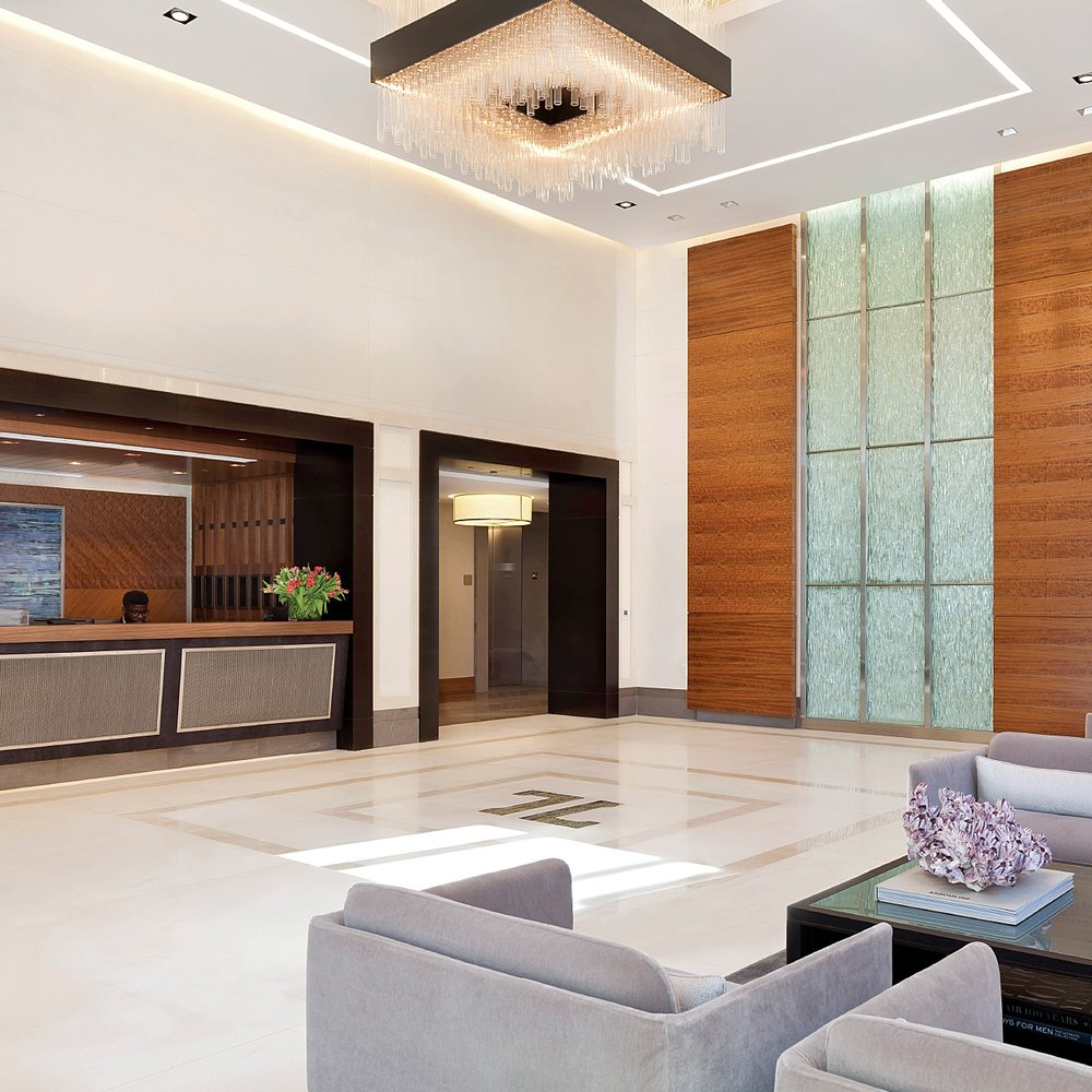 Luxury-DC-Condo_Grand-Entrance-Lobby
