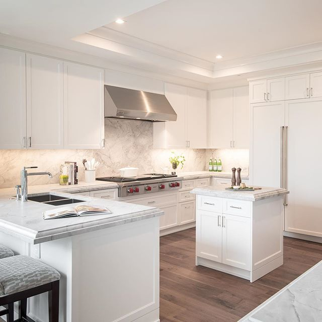 Create something delicious in this chef curated #kitchen only @thelaurenresidences. #realestate #realestatephotos #realestateforsale #kitchenstyle #kitchendecor #kitchendesign #condo #condominium #condoforsale #condominiums #bethesda #washingtondc