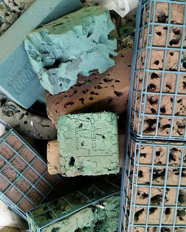 Steckmasse_Müll_steckschaum_umweltschädlich_mikroplastik.jpg